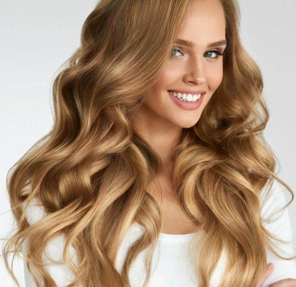 золотисто русые волосы