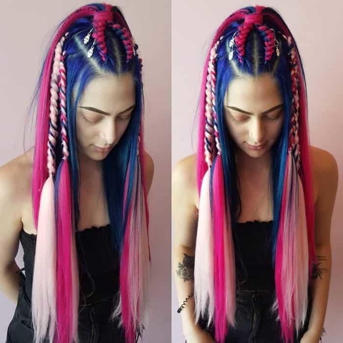 Вплетенные цветные искуственные волосы