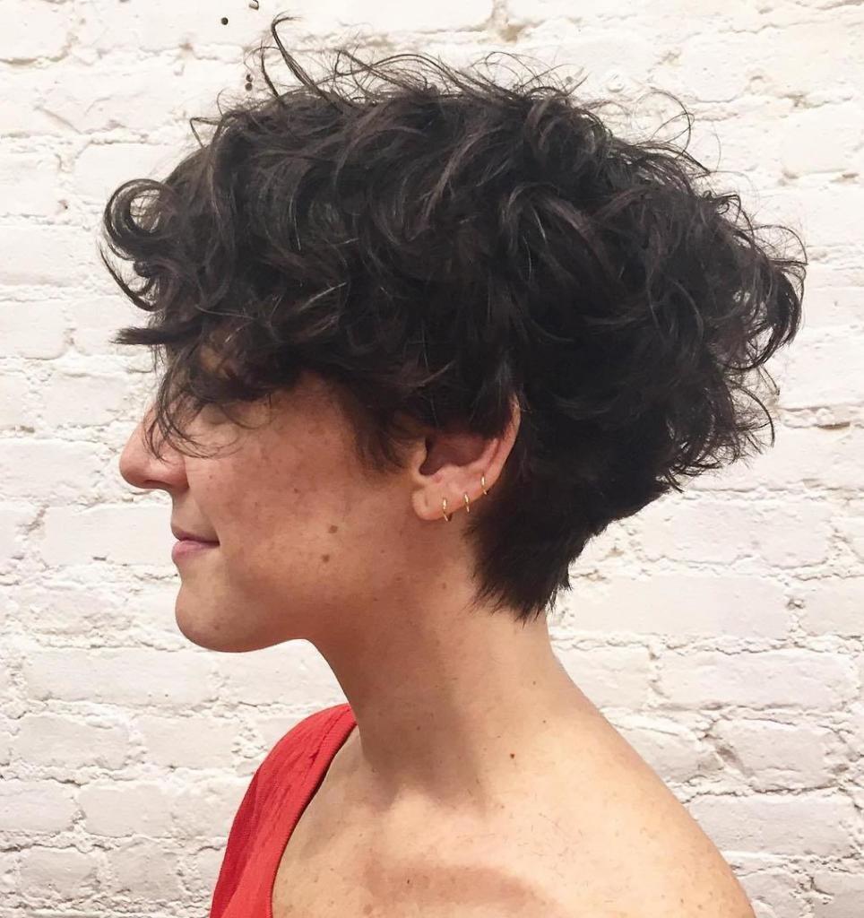 объемные локоны на короткие волосы