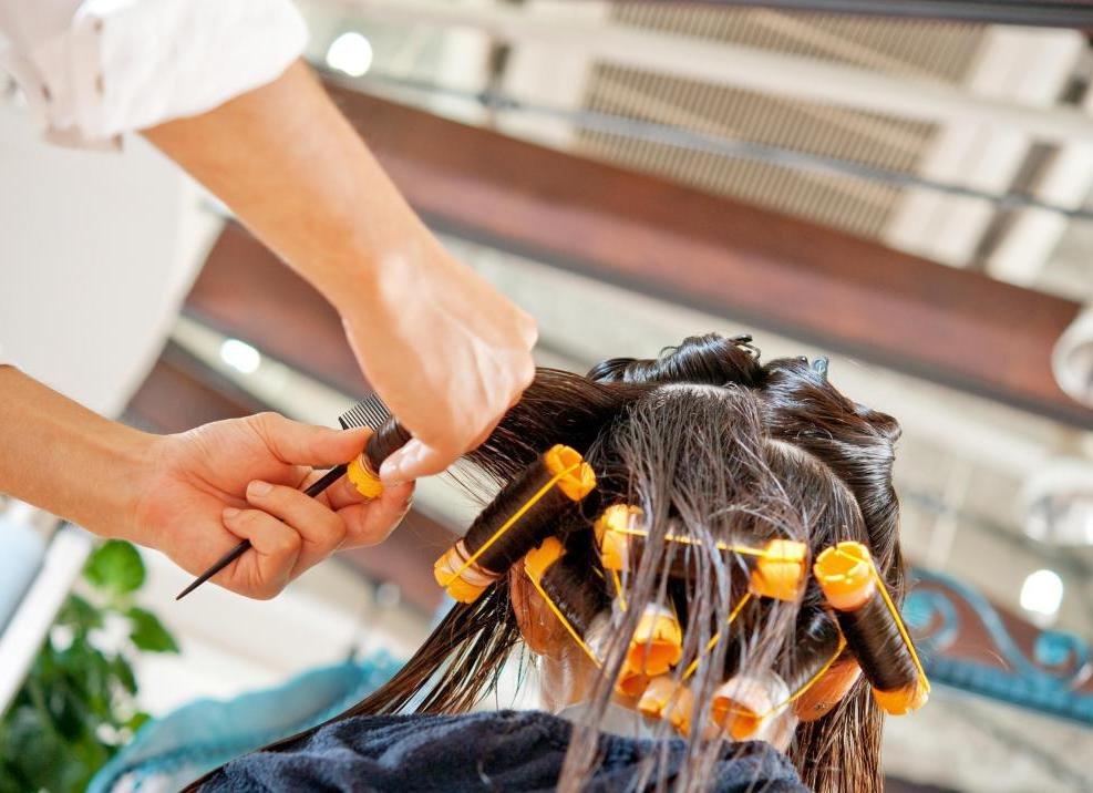 Прическа химия на средние волосы