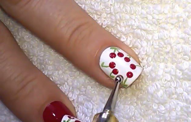 вишенки на ногтях фото