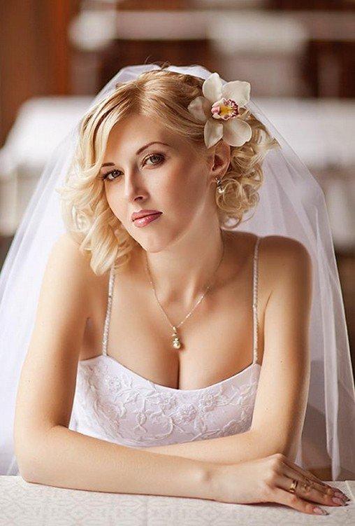 прическа свадебная с распущенными волосами