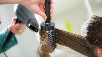 """Шампунь """"Микозорал"""": инструкция по применению, состав, правила использования, влияние на кожу головы и волосы, плюсы мытья, рекомендации и отзывы"""