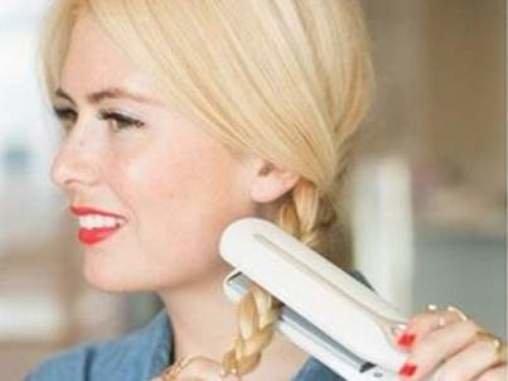 Как завить волосы с утюжком - косы