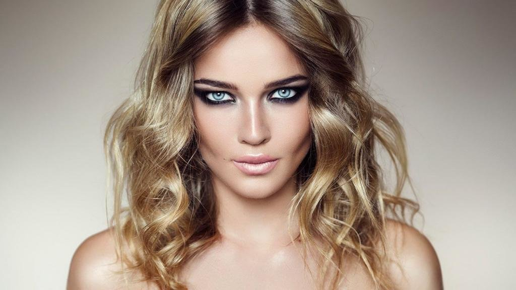 колорирование длинных светлых волос