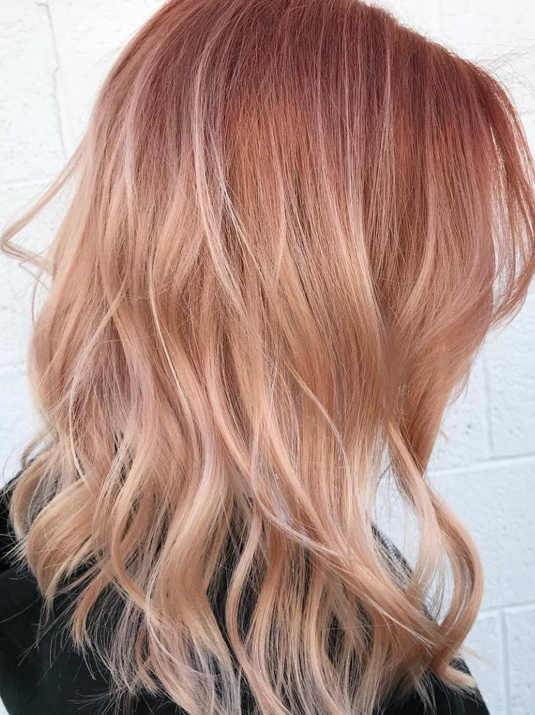 розовое омбре на блонд