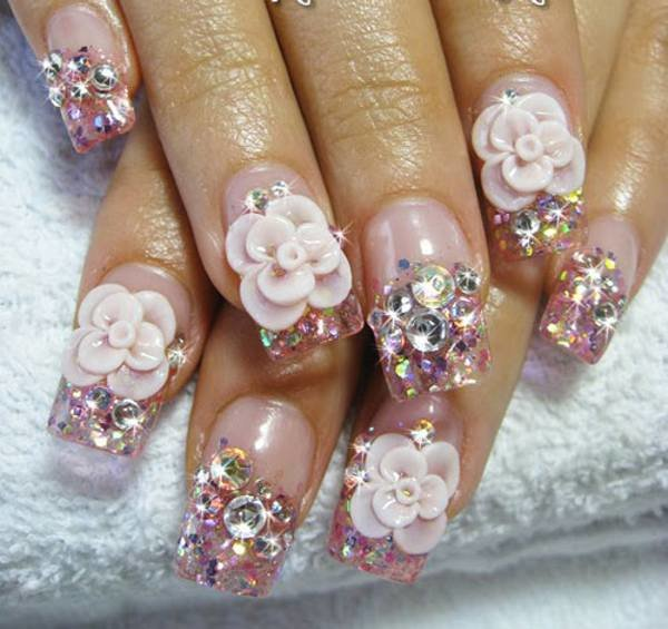 Розовый дизайн ногтей
