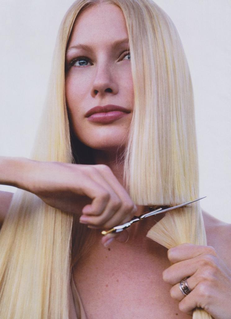 как подравнять длинные волосы в домашних условиях самой