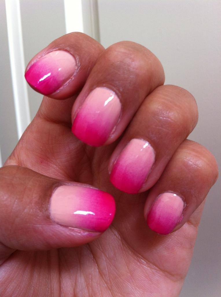 градиент розовый