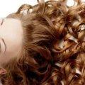 Биозавивка волос: крупные локоны, размер бигуди, описание с фото, выбор средства, щадящая формула и особенности ухода за волосами после завивки