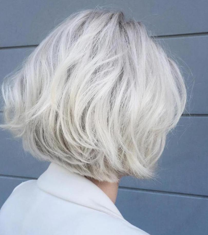 светлые волосы пепельные