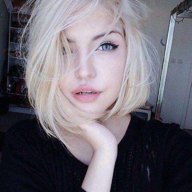 блондированные волосы