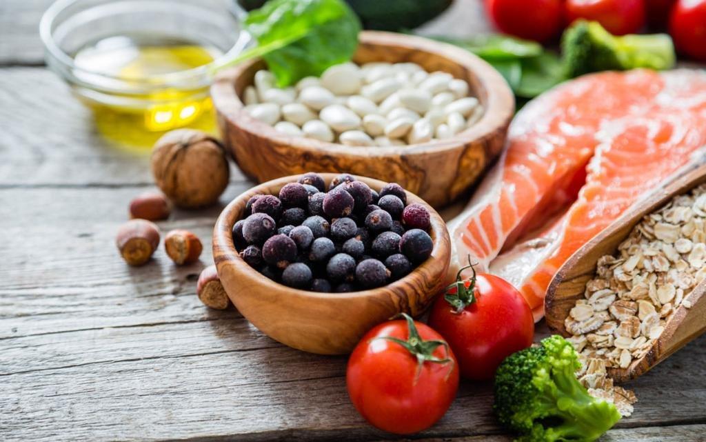 Правильное питание при уходе за ресницами
