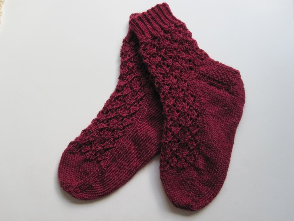 Валики для волос из носков