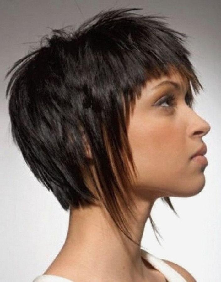 Каскад на короткие волосы асимметрия