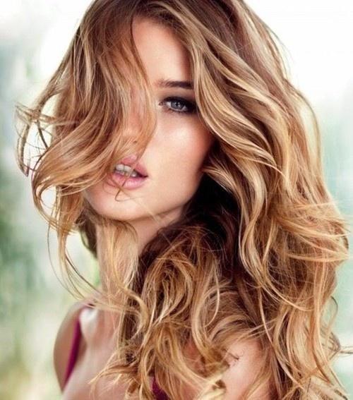 светло-карамельный цвет волос