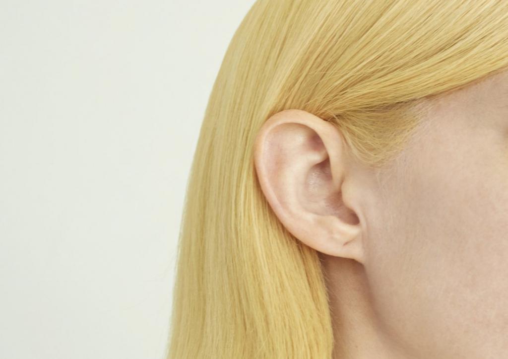желтый блонд
