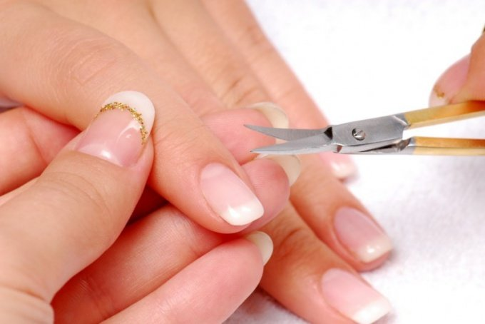 Как быстро вырастить ногти в домашних условиях