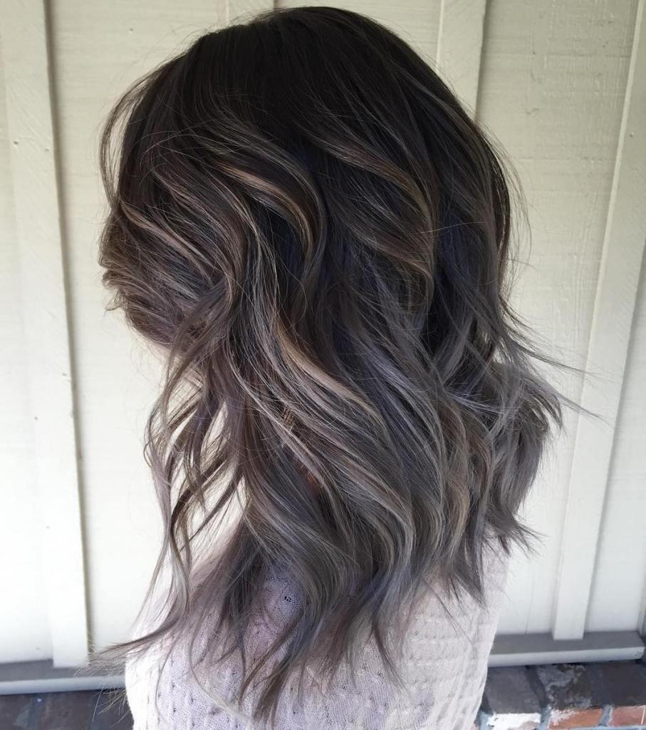 Темно-серый цвет волос