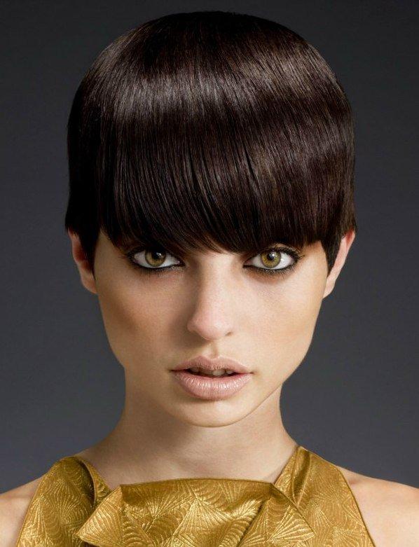Красивая женская стрижка