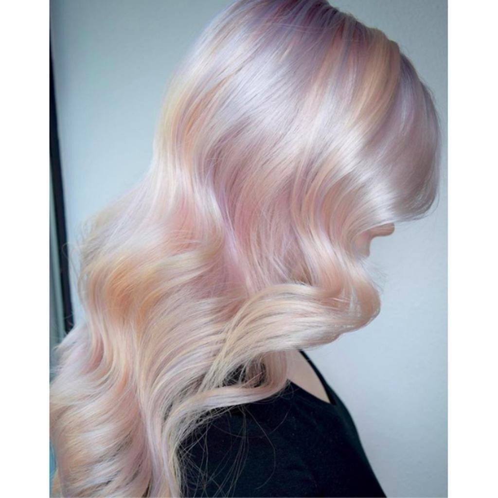 Платиновые волосы