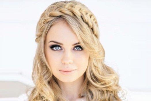 греческая коса на средние волосы