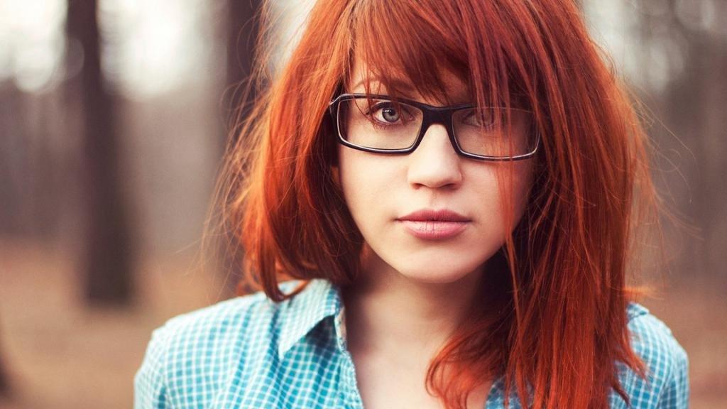 рыжеватый оттенок волос