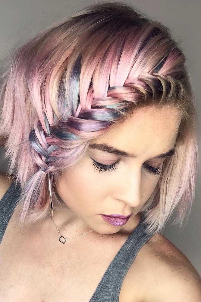 Коса на цветных волосах