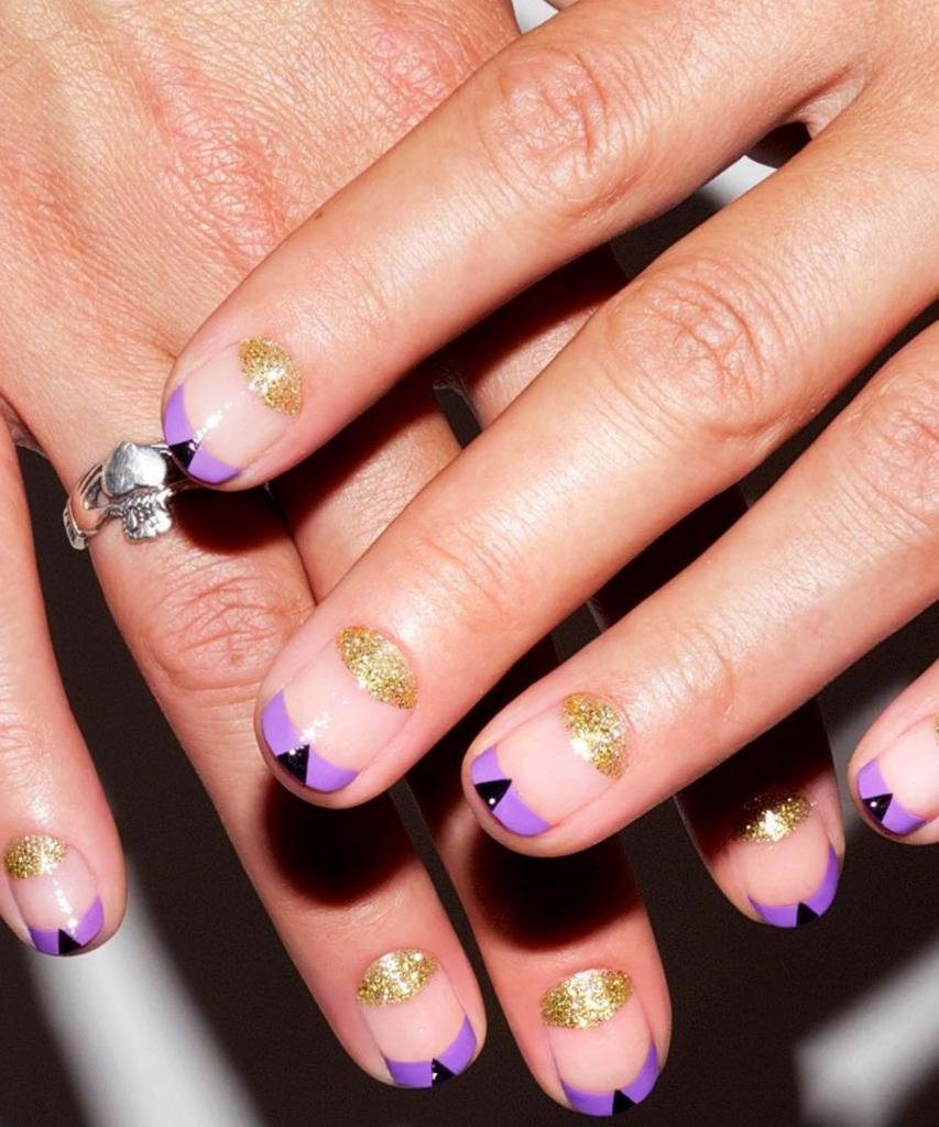 дизайн ногтей френч на круглых ногтях