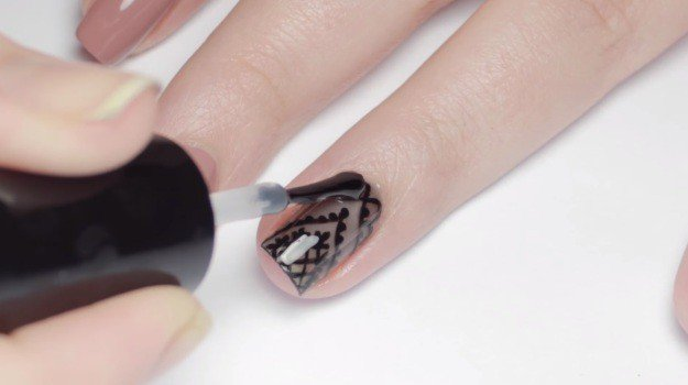 как нарисовать вуаль на ногтях