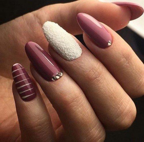 Бульонки для ногтей