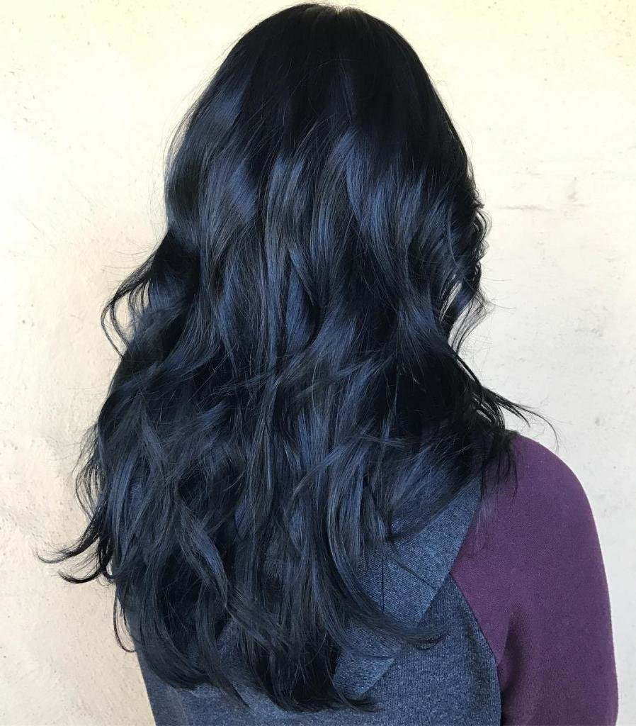 темно-синие волосы