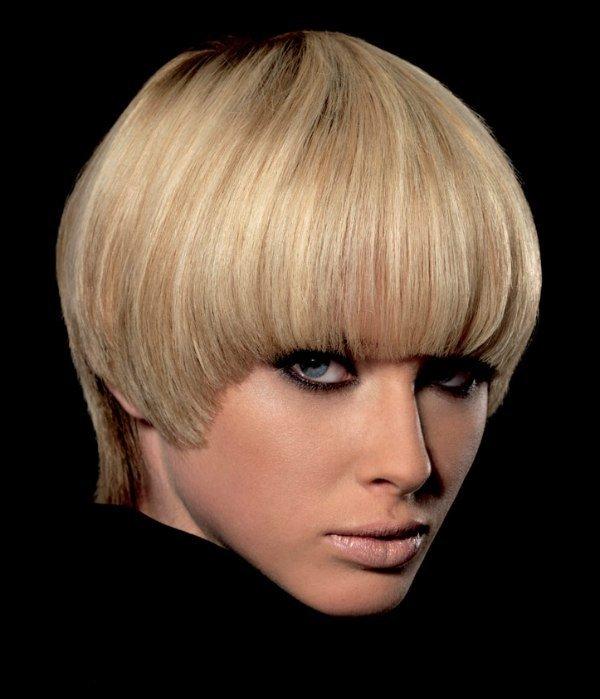 Прическа шапочка на короткие волосы фото
