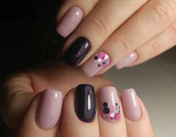 камифубики или пайетки на ногтях