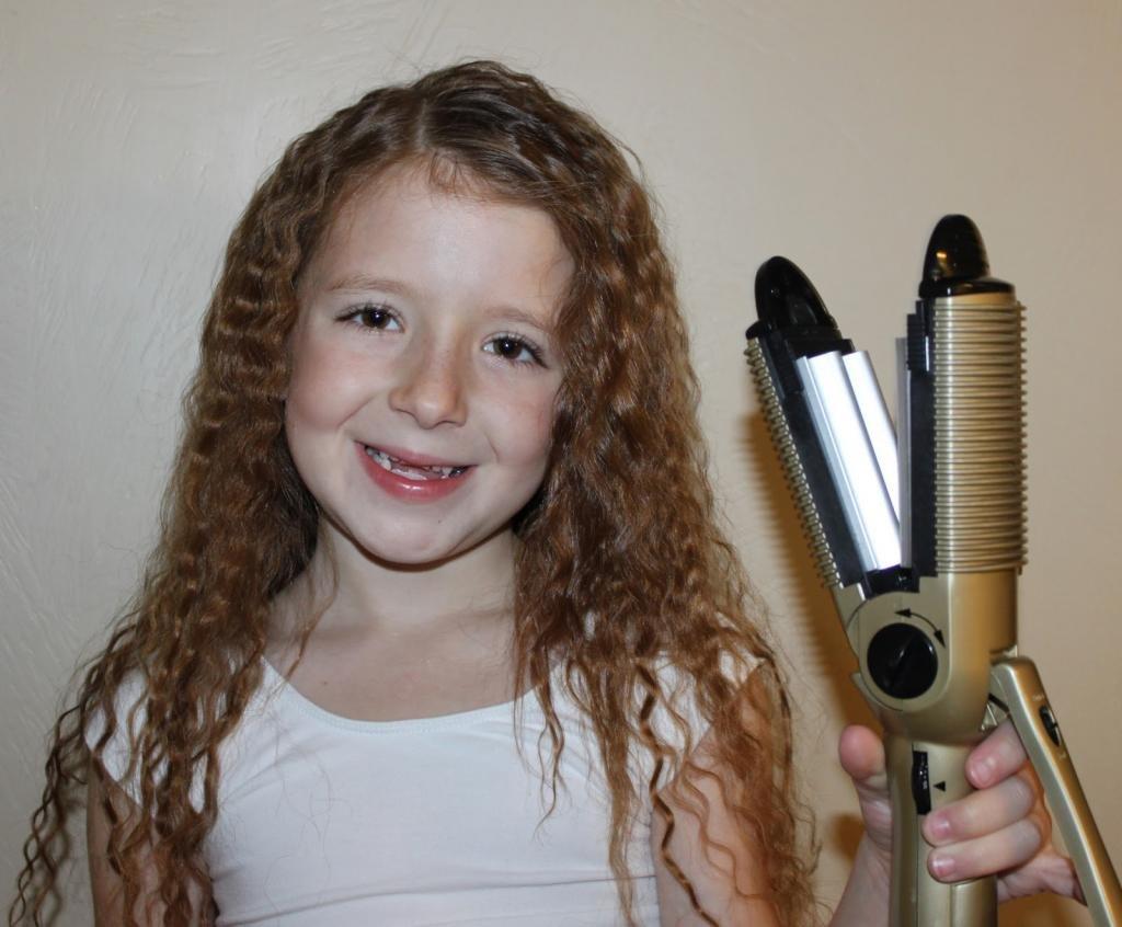 Классические прямые или волнистые волосы
