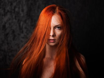 Огненно-рыжий цвет волос: описание с фото, палитра цветов, выбор краски для волос, техника окрашивания, особенности ухода за волосами после окраски