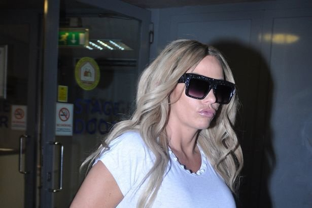 Прекрасная блондинка.