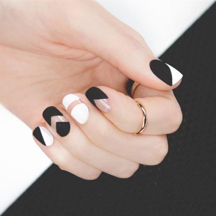 маникюр бело-черный на короткие ногти