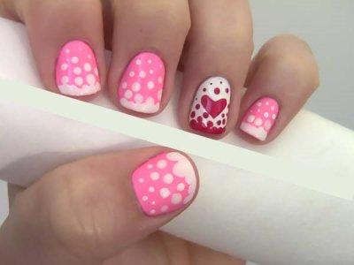 Розовый дизайн ногтей: модные варианты и идеи, техника выполнения, фото