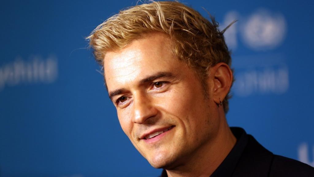 Мужская покраска волос в белый цвет