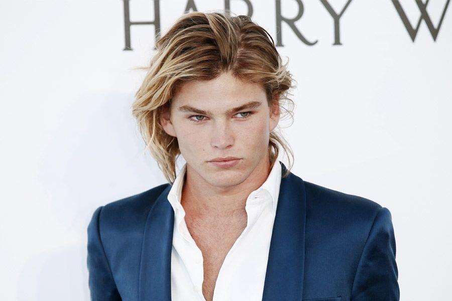 Покраска волос в блонд для мужчин