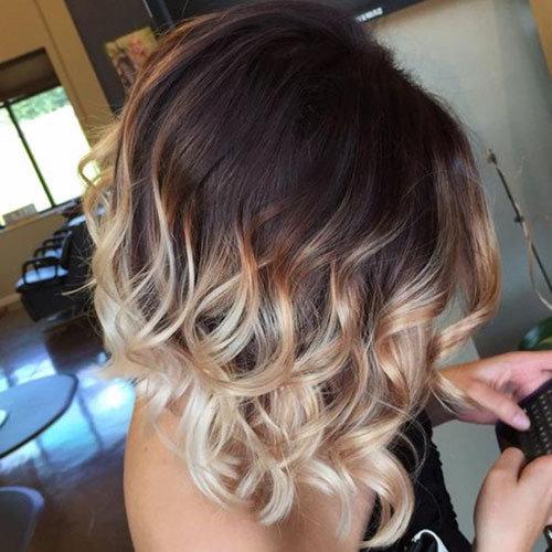Контрастное омбре на волосах средней длины