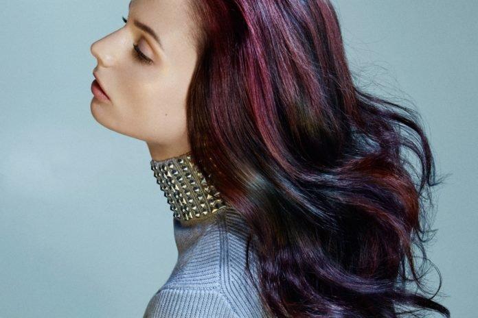 Разноцветное колорирование темных волос