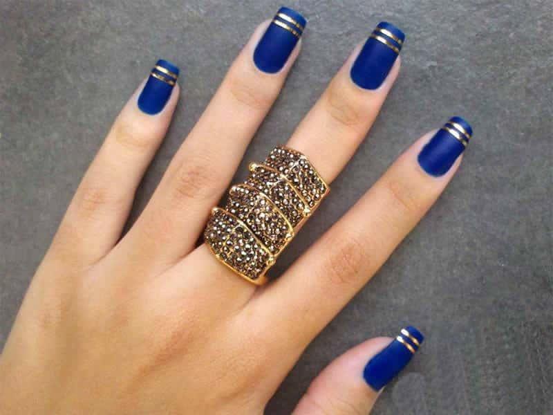 дизайн ногтей синий