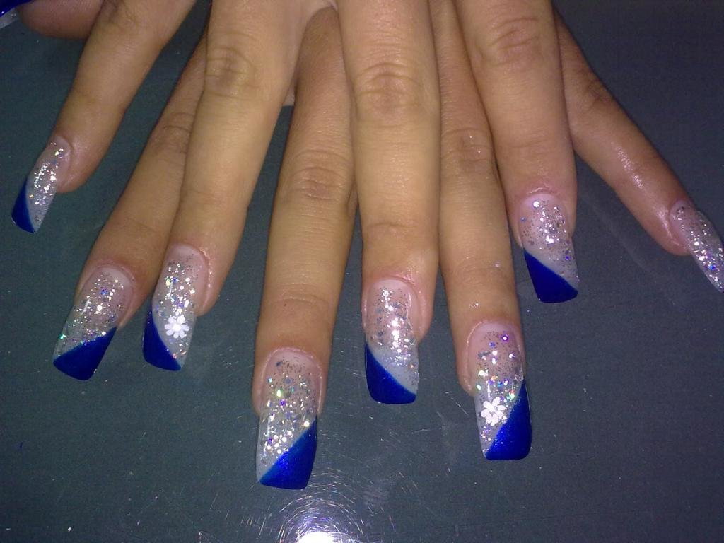 маникюр синий на короткие ногти