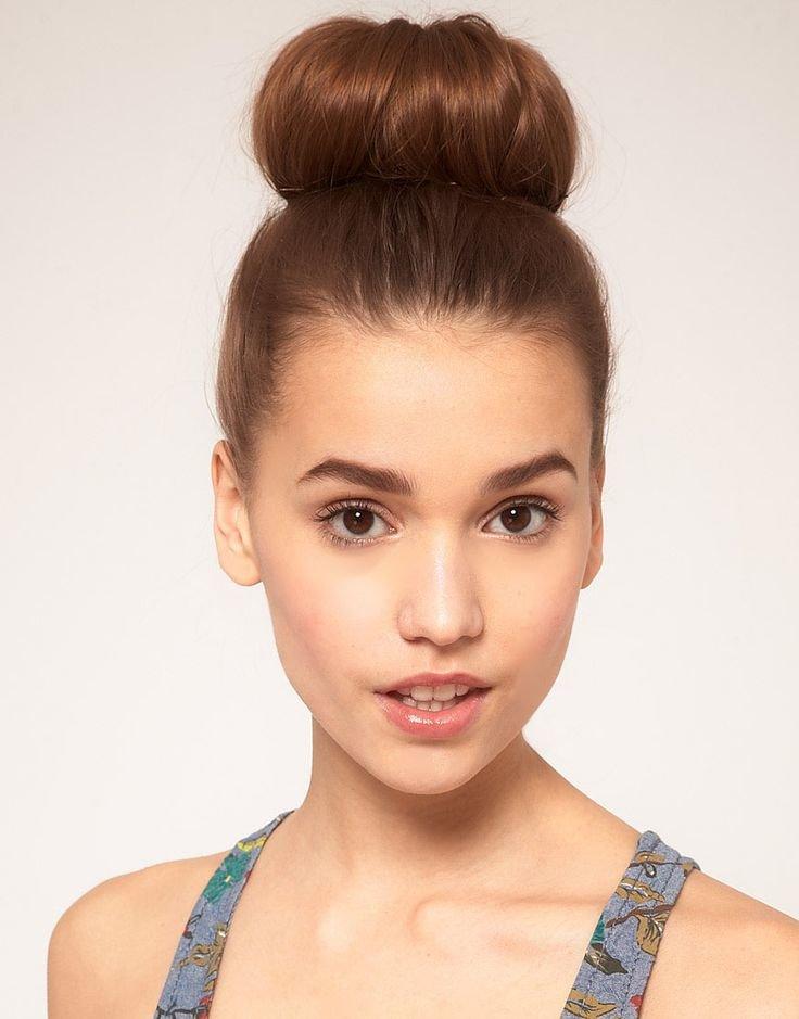 пучки на короткие волосы