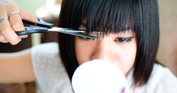 Как подстричь красиво челку