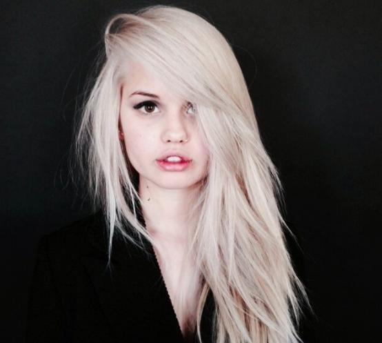 Платиново-жемчужный блонд