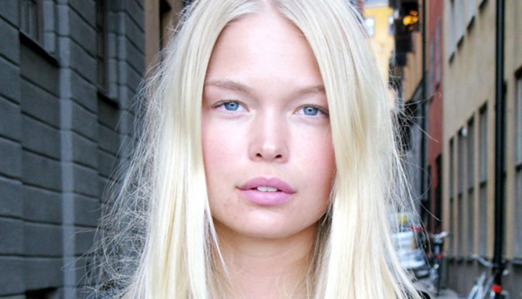Натуральная платиновая блондинка