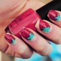 Варианты дизайна клубники на ногтях
